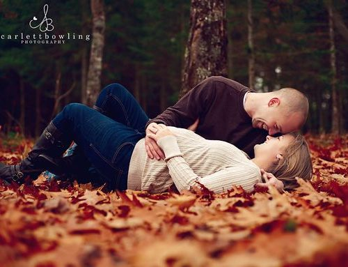 11 Fall Maternity Photo Ideas